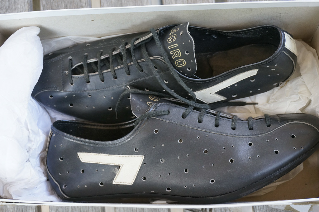 Show us your vintage cycling shoes! - Page 3 - Bike Forums ad4ad9ef4